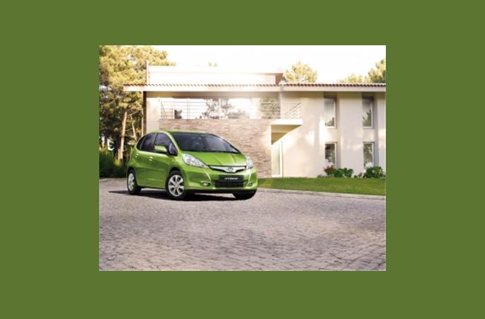 Купить Автомобиль Honda Jazz Hybrid