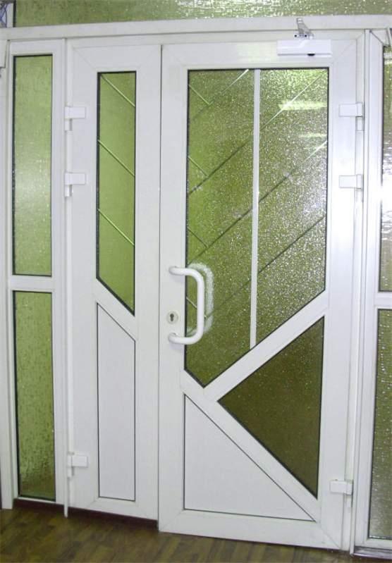 Купить Наружные двери Rehau Brillant-Design