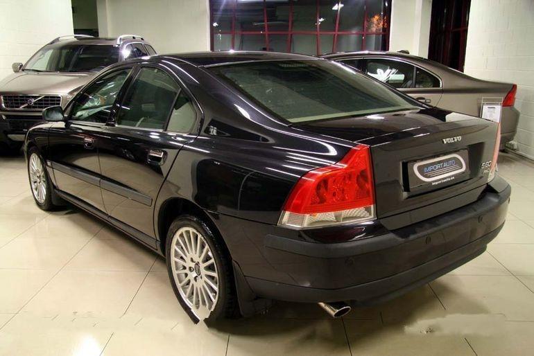 Купить Автомобиль Volvo S60 AWD Premium 2.4 T 147 kW