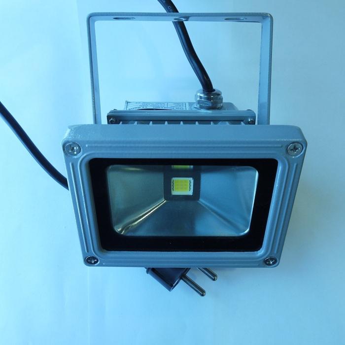 Купить Светодиодные прожекторы 10Вт-100Вт