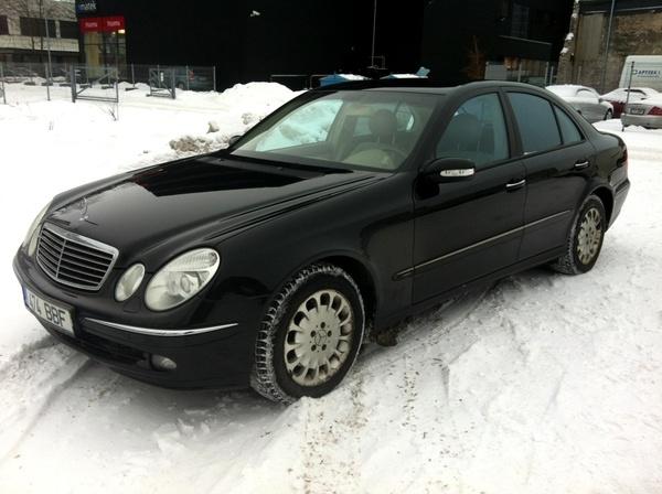 Купить Легковой автомобиль Mercedes-Benz E320 4MATIC Avantgarde