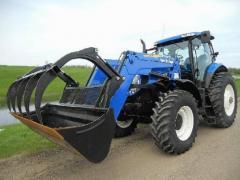 Трактор  New Holland T7030