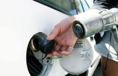 Газ пропан на автомобильной газозаправочной