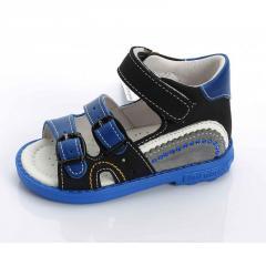 Ортопедические сандалии из натуральной кожи на облегченной подошве.
