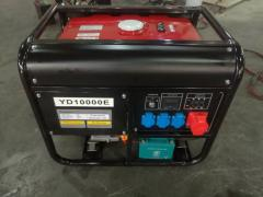 Бензиновый генератор трёхфазный 10 KW 220/380V