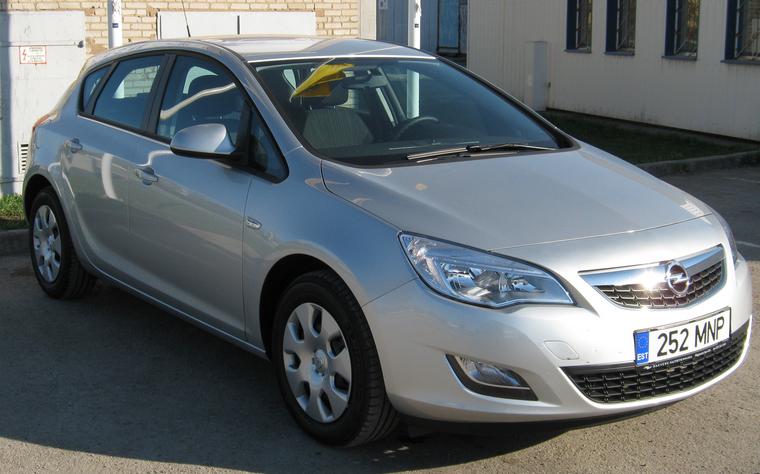 Заказать Прокат автомобиля Opel Astra