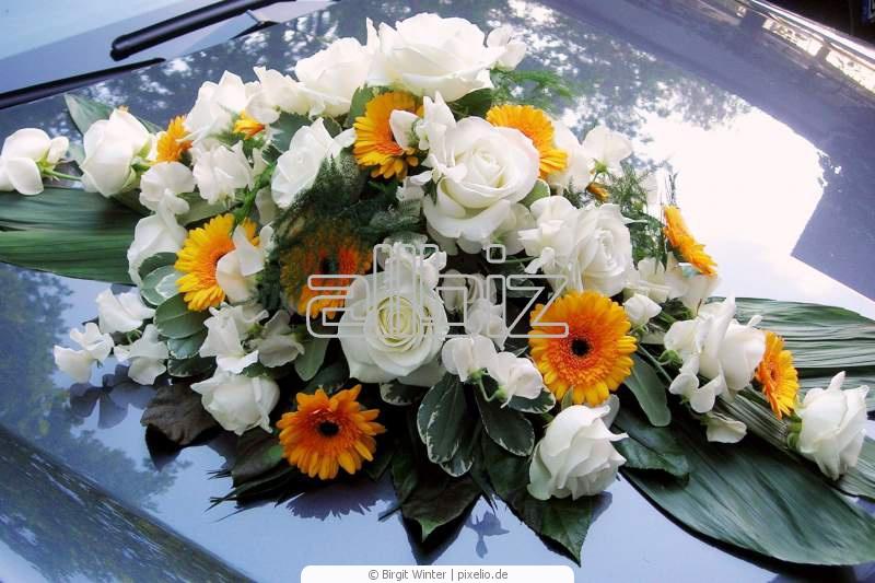 Заказать Изготовление цветочных украшений для свадебных автомобилей