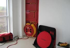 Заказать Измерение утечки воздуха – Blower-Door