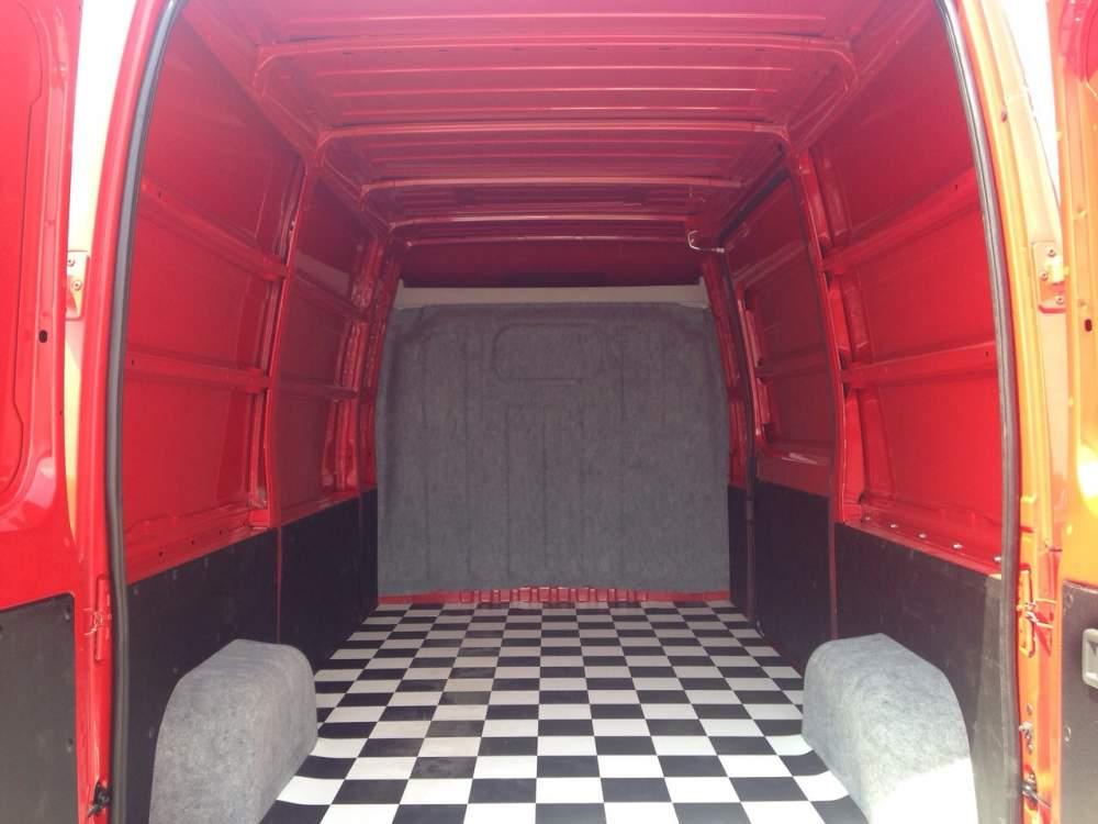 Заказать Грузоперевозки микроавтобусом, вместительностью 10 кубов (10 м3)