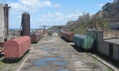 Подача вагонов на фронты погрузки и выгрузки